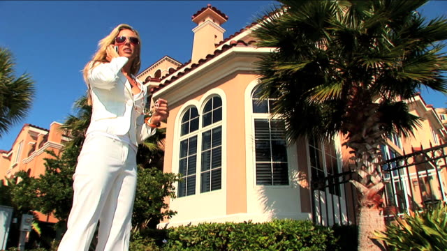 Selling luxury lifestyles video