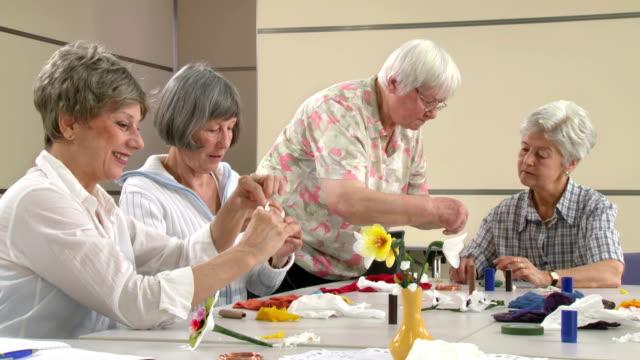 HD: Senior Women Participating Craft Class video