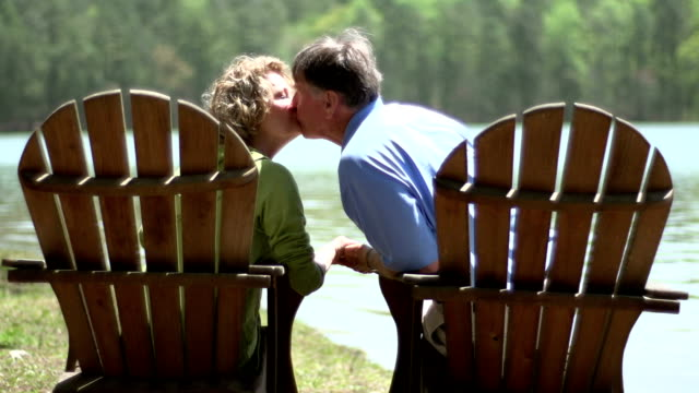 Seniors Kissing video