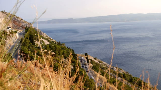 serpentine with sea in Croatia video