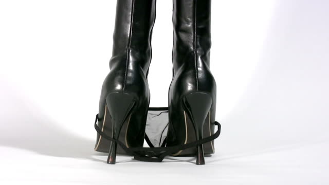 Sexy High Heels 'slipping thong' HD video
