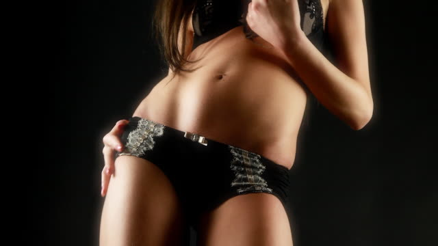 Sexy moving female video