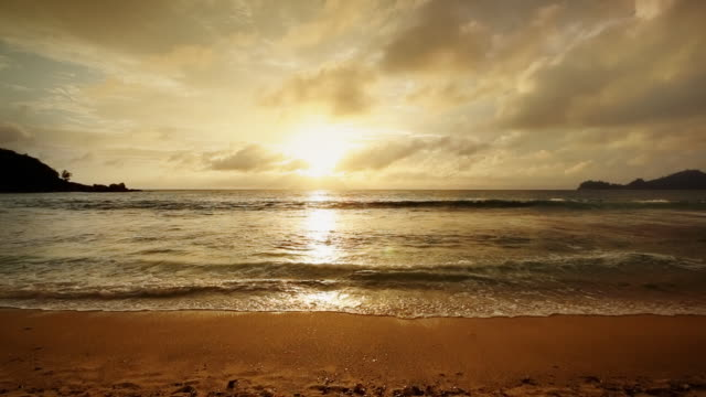 Seychelles sundown video