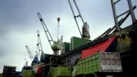 Ship unloading at port video