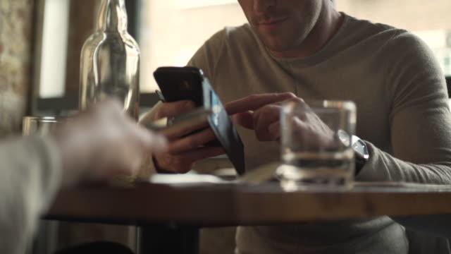 Shocking photo phone man video