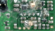 SHort circuits of the micro chip of the battery video