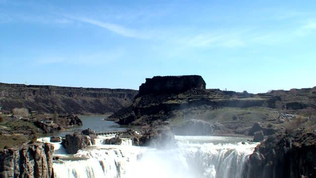 Shoshone Falls Idaho - Wide Tilting Shot video