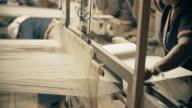 Siamese hand weaving cotton video