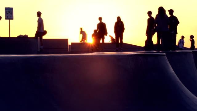 Skateboard in Venice video
