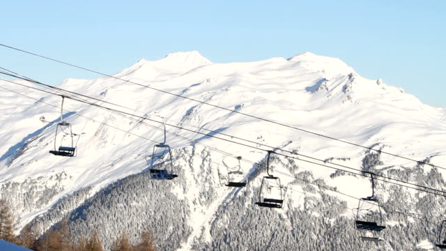 Ski lifts before opening time video