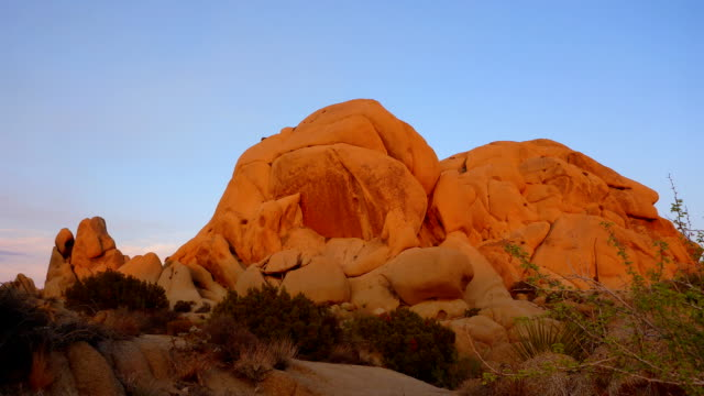 Skull Rock sunset time lapse in Joshua Tree National Park video
