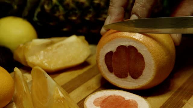 Slicing red Grapefruit video