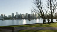 Slomo - Vancouver Skyline Park Statue video