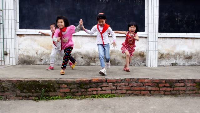 slow motion kids running video