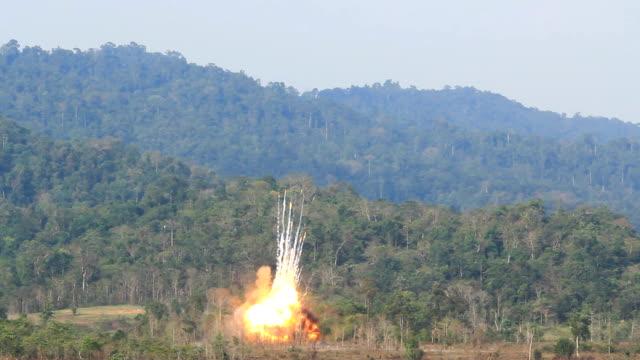 Slowmotion of Degenerative destruction blast video