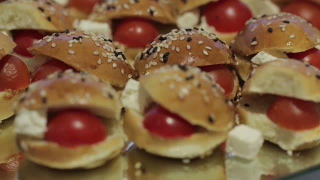 Small Burgers Vegetable Canapes video