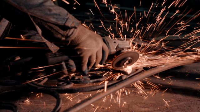 Smith welding metal details video