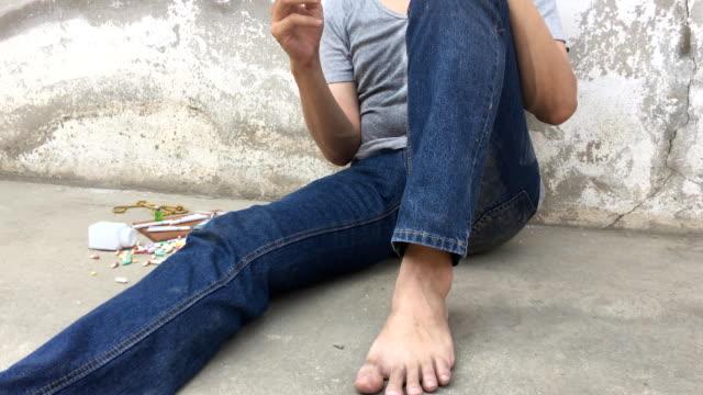 Smoker and Drug video
