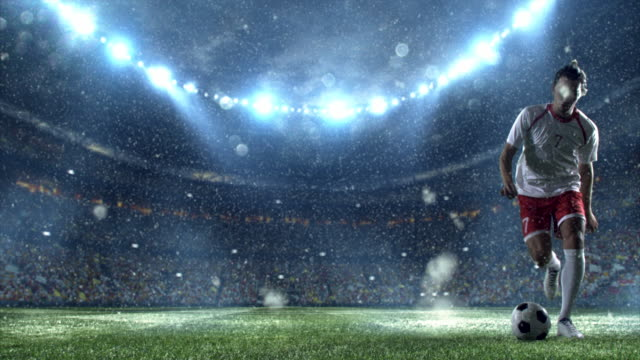 Snow: Soccer player makes a dribbling video