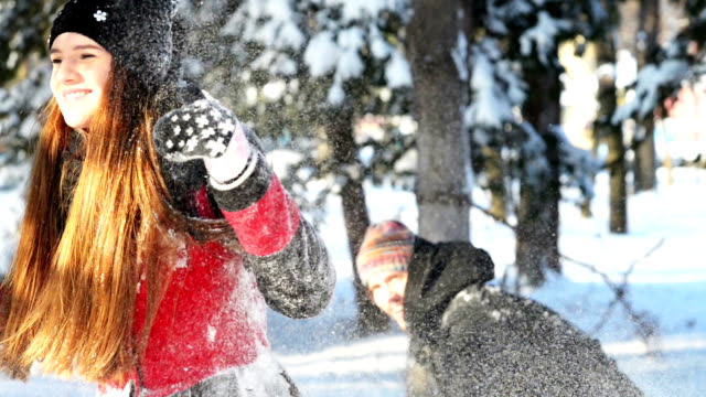 Snowfight video