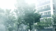 So heavy rain that to blur the lens. video