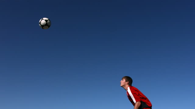 Soccer header, slow motion video