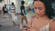 social communication on smartphone video