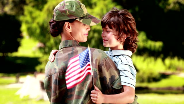 Soldier reunited with her son video
