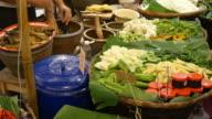 Somtam, Thai Papaya Salad video