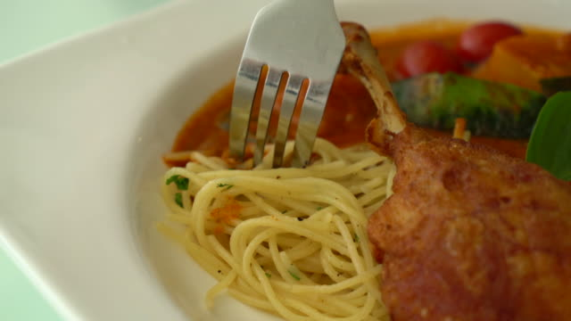 spicy penne with fried duck video