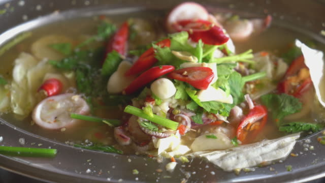 spicy squid in hot pot video
