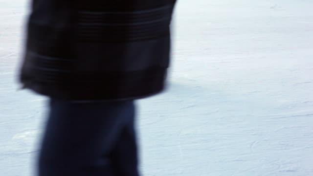 spinning skater (female) video