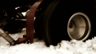 Sport kart's wheel skidding in the deep snow and can't get out video