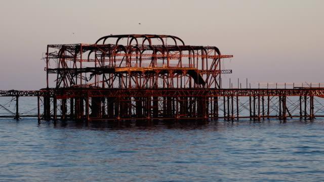 Starlings on old West Pier in Brighton video