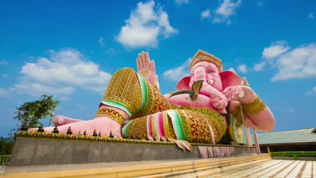 statue Ganesha  big beautiful pink. video