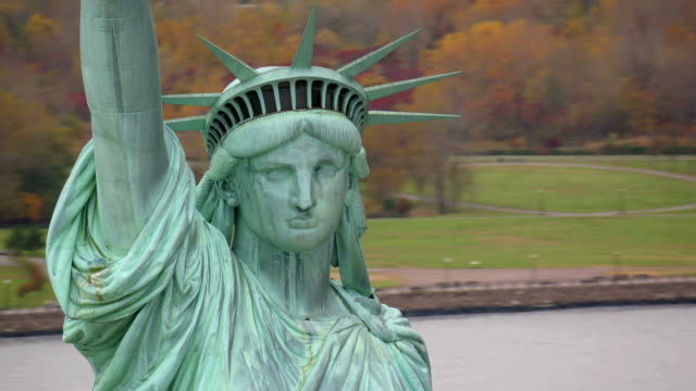 Statue of Liberty closeup, aerial shot video