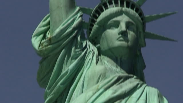 Statue of Liberty Front Panning to Torch HD1080 video
