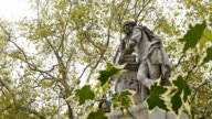 Statue of William Shakespeare in Leicester Square, London. video