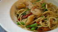stir-fried spicy spaghetti with seafood video