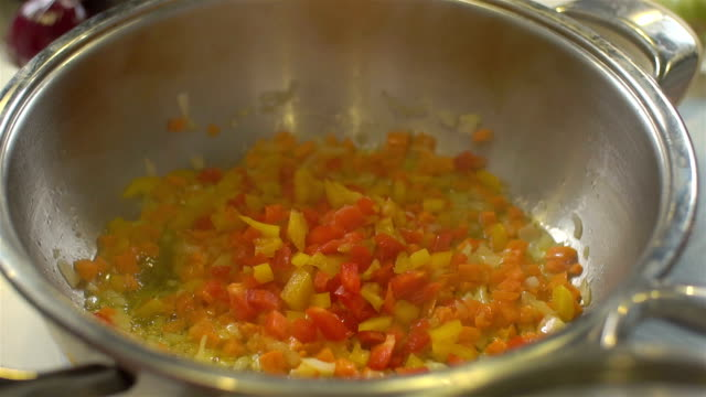 Stirred Vegetables In A Pan, slo video