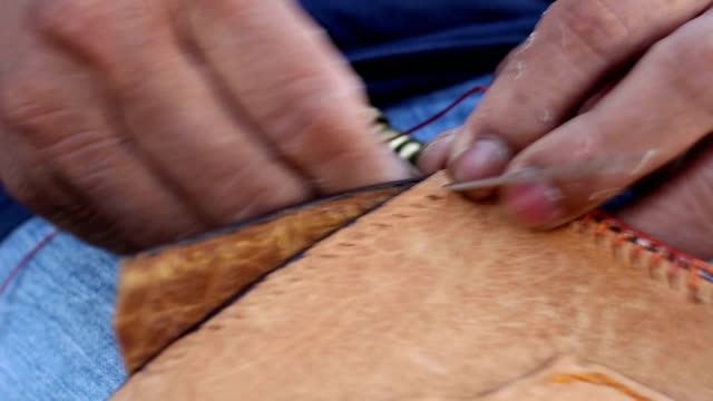 Stitching leather bag video