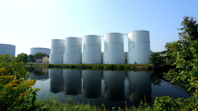 Storage tanks video