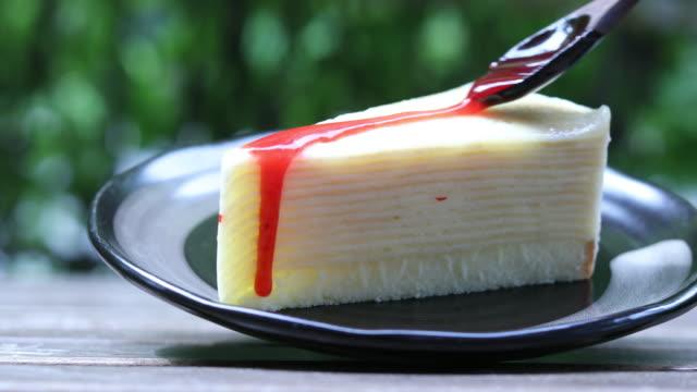 Strawberries crepe cake with strawberry cream video