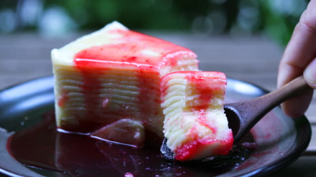 Strawberries crepe cake with strawberry cream video