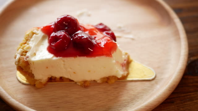 Strawberry cheese cake cake in the cafe video
