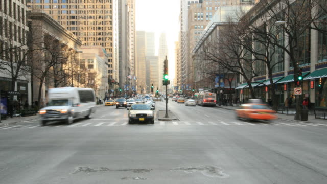 Streets of Chicago. HQ 1080P 4:4:4 RGB video