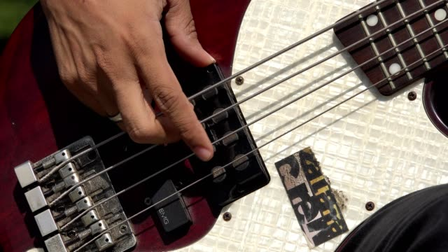 Strings On Bass Guitar video