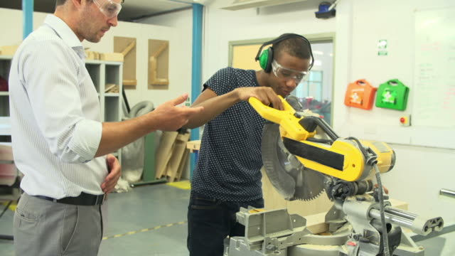 Student In Carpentry Class Using Circular Saw video