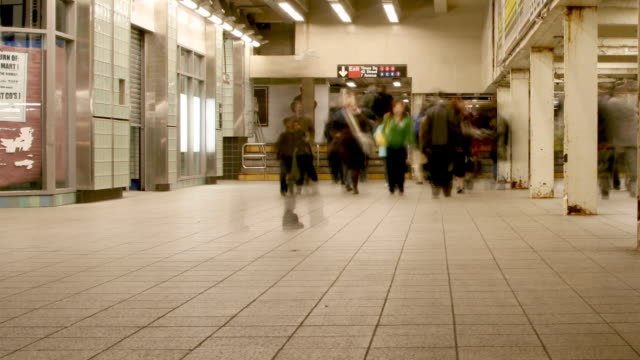 NYC Subway Station Time Lapse video