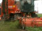 Sugar Beet Harvesting Technology video